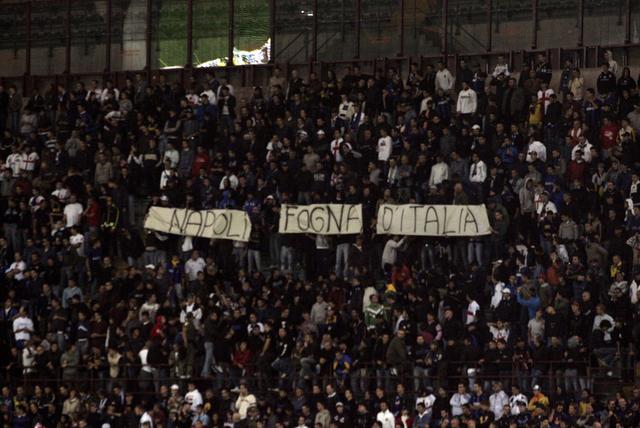 [Napoli+fogna+d]
