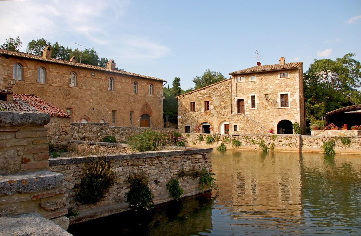 Bagno Vignoni Free Thermal Baths Spas And Thermal Baths In The Val D Orcia