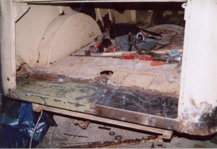 la reconstruction du plancher arrière