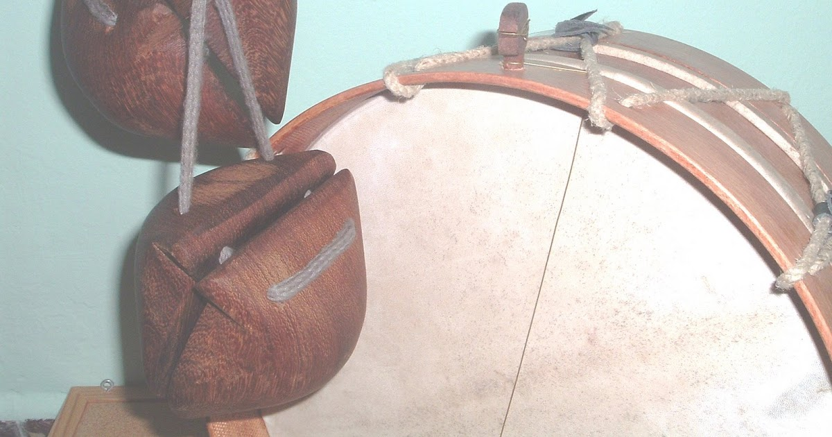 Chácaras Y Tambores Artesanos De Instrumentos De Percusión De Canarias