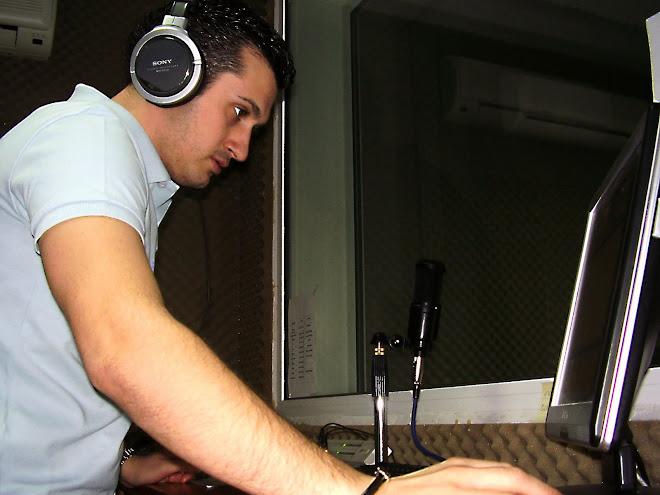 In timpul emisiunii de la radio