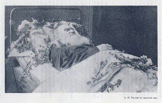 Tolstoy%2527s+Deathbed.png