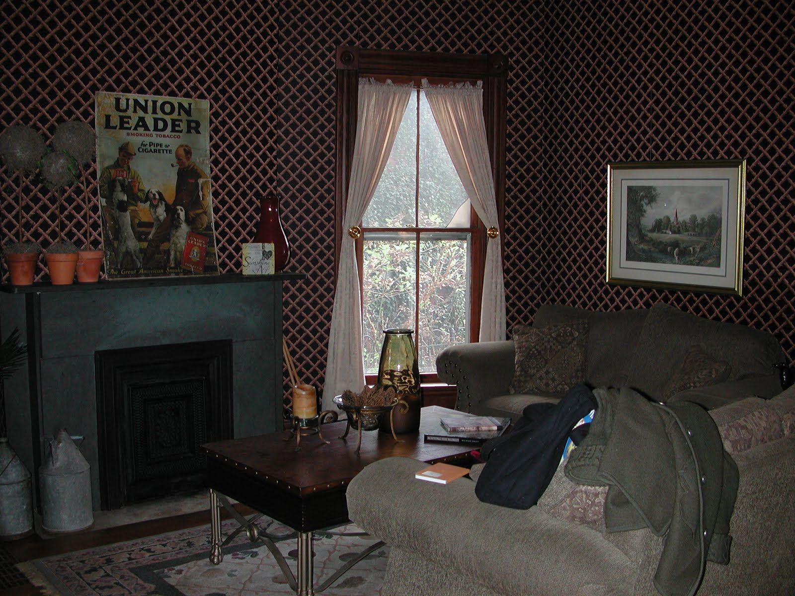 kane blog picz: Is Wallpaper More Expensive Than Paint