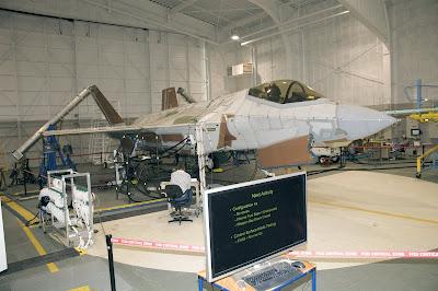 Un F-35 de Lockheed Martin en pleno analisis de vibraciones