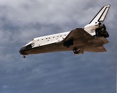 Shuttle aterrizando