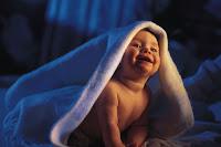 poze cu bebelusi in patut