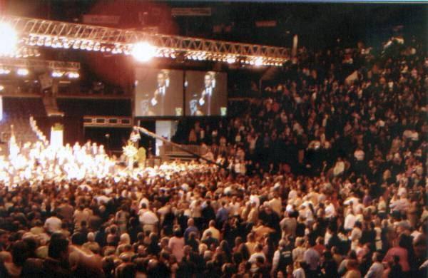 Pentecostal Singles - Tour Our Pentecostal Singles Site