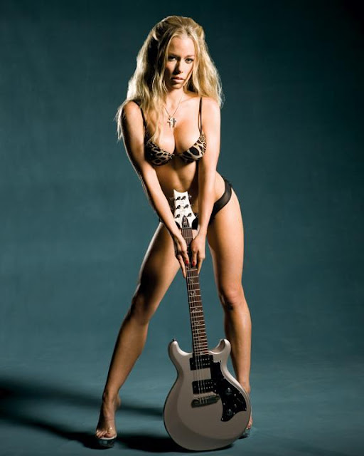Hot latino girl naked