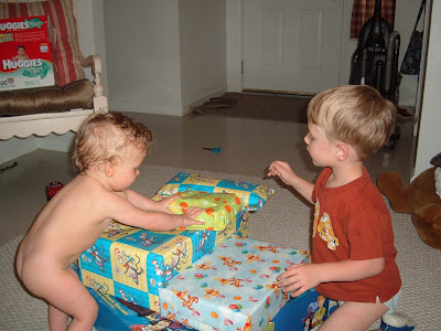 Little girls and boys naked