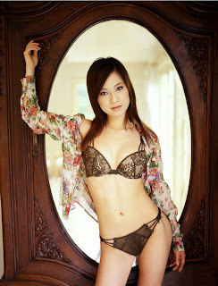 Ryo Uehara (上原綾) Pictures Video and Clip Japanese idol sexy girls