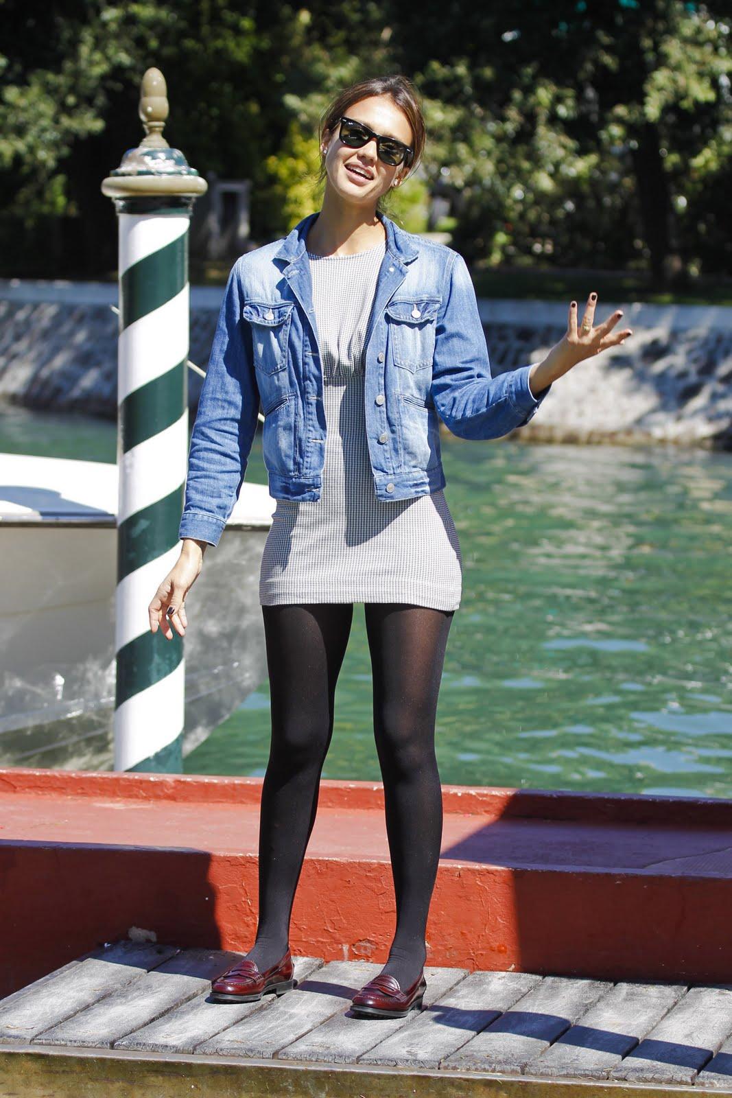 Jessica alba wearing pantyhose something