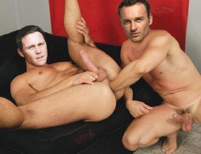 brian krause naked