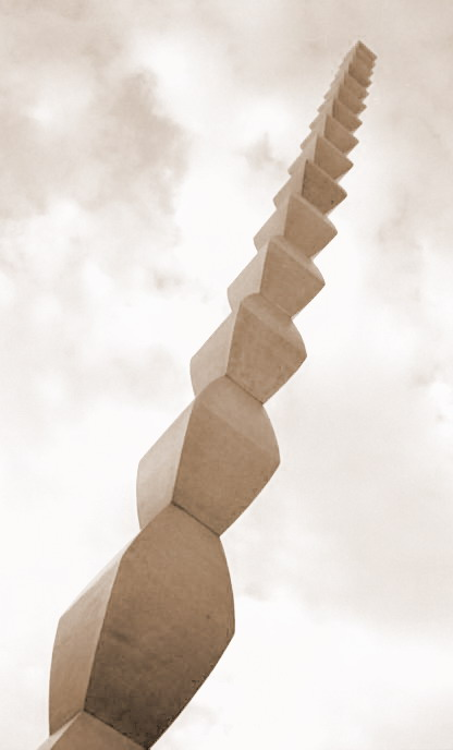 Scented Leaf: Constantin Brancusi - The Endless Column ...Constantin Brancusi The Endless Column