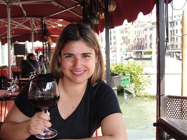 Um dos restaurantes próximos ao Grand Canal, Veneza.