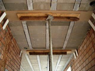 Vlierdenseweg 190 gipsplaten tegen stalen balk draagconstructie - Plafond met balk ...