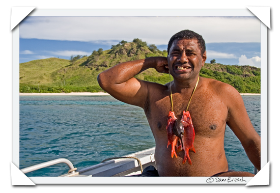 picture photograph image reef fish Seruvi from Navutu Stars  caught fishing in fiji 2008 copyright of sam breach http://becksposhnosh.blogspot.com/