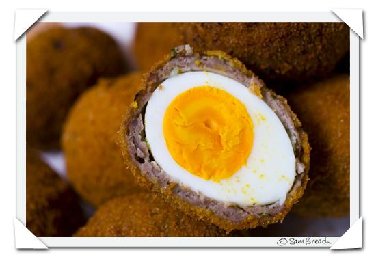 picture photograph image how to make recipe for scotch eggs 2007 copyright of sam breach http://becksposhnosh.blogspot.com/