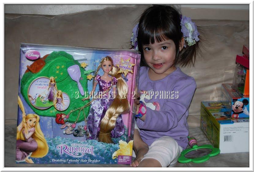 3 Garnets & 2 Sapphires: Review: Disney TANGLED Rapunzel ...