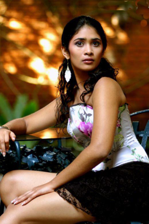 Anarkali Akarsha -Sexy Sri Lanka Actress
