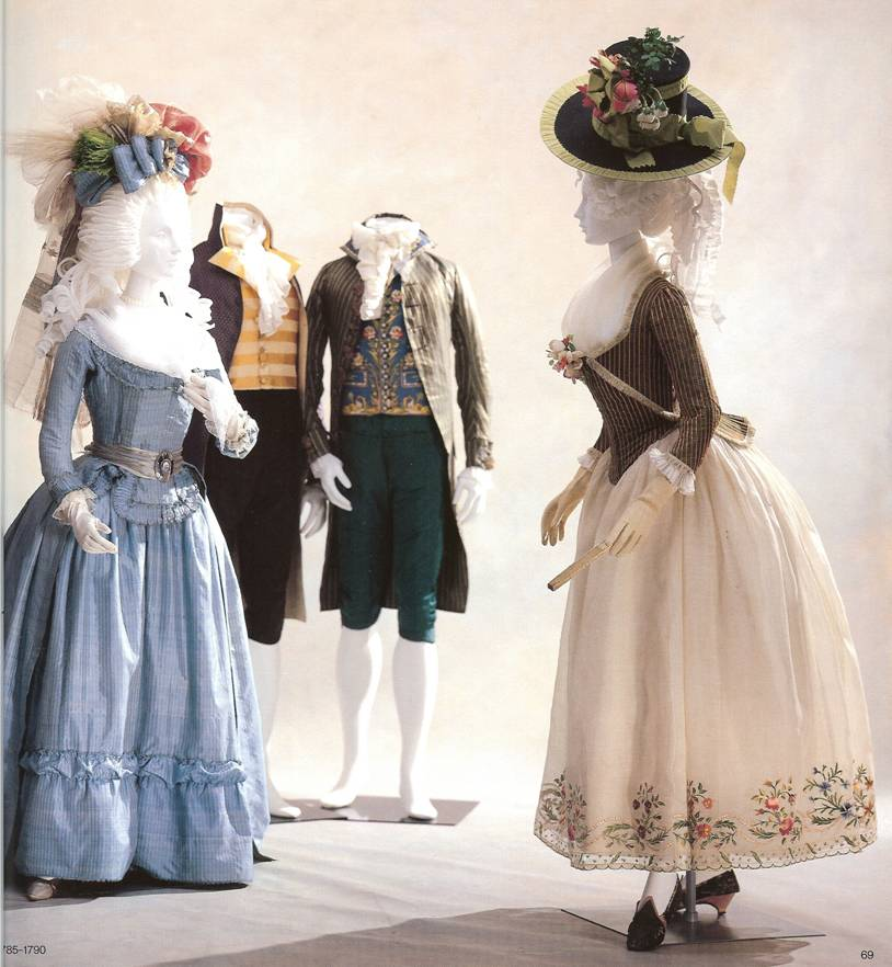 Bard Boxes: 18th Century French Fashion