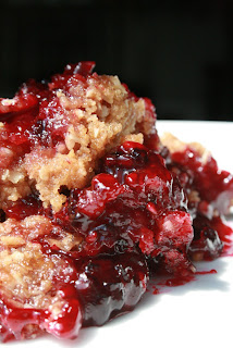 Easy Blackberry Crumble Made With Cake Mix