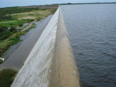 Resultado de imagem para barragem umari upanema rn