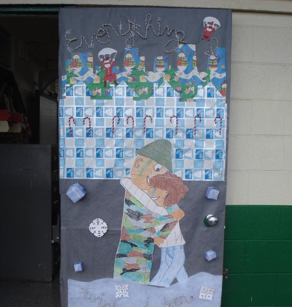 HOLIDAY DOOR DECORATING CONTEST