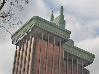 Las torres que se construyeron de arriba a bajo