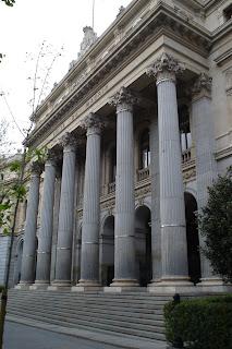 Desde el nacimiento de la  bolsa de Madrid hasta la crisis del 2008