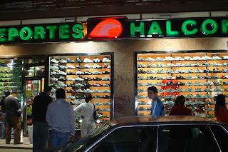 La tienda de deportes halcón
