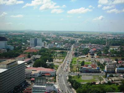 view dari Menara Alor Setar.. masa join makcik n family ke sana..