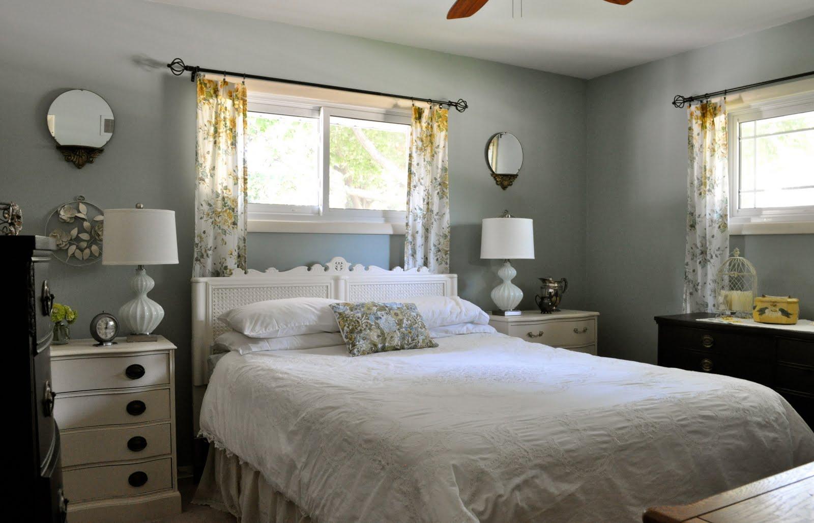 An Oldie But Goodie Bedroom Makeover.....