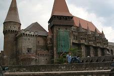 Castelul Corvinestilor