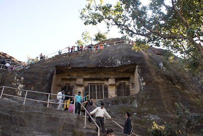 Photo at the Pandav Caves in Pachmarhi