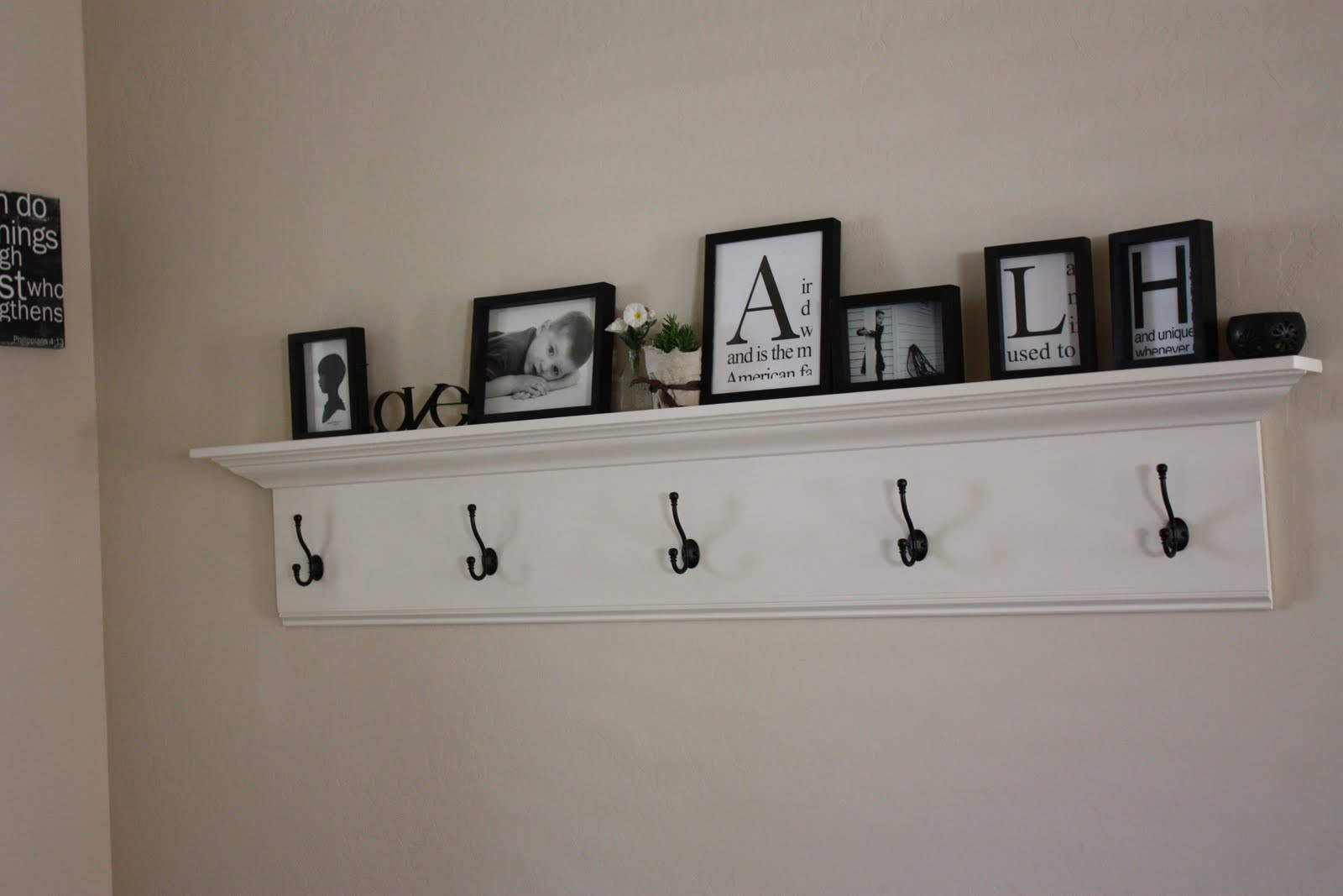 Luke And Hailie Entryway Shelf