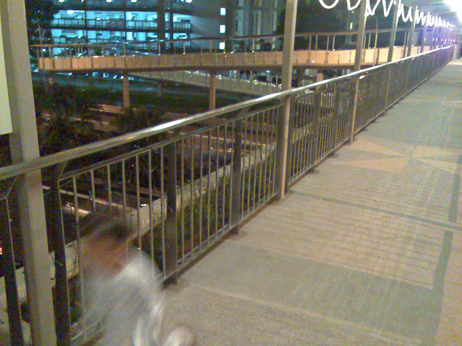 [Bridge47.jpg]