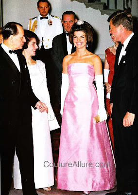 jacqueline kennedy, evening gown, guy duvier, christian dior new york