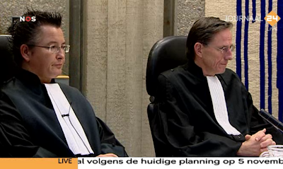 Wilders Trial 19 october 2010 - prosecution listening to defense lawyer Moszkowicz