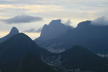 Clouds moving between the mountains of Rio