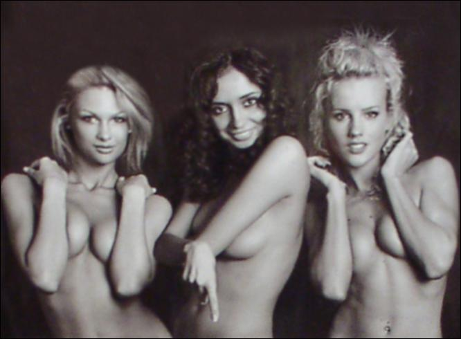 [Hleb+topless6_666x490_407824a]