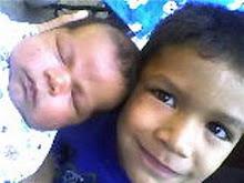 Mis dos hijos... la mejor razon de vivir!!