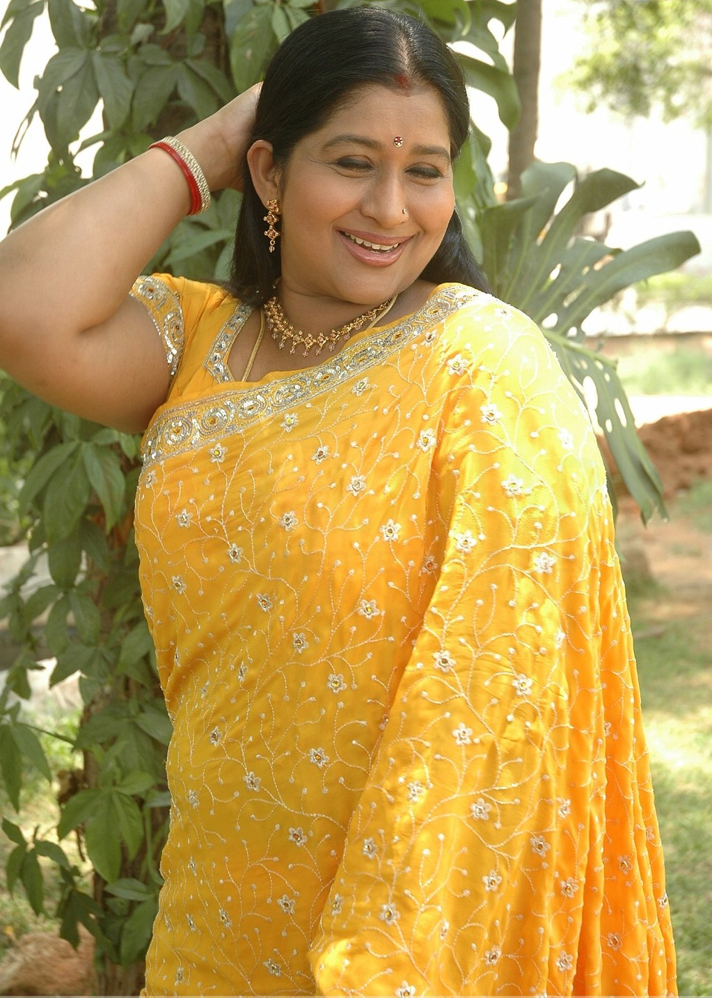 Beautiful Muslim Girls Tamil,Telugu Aunty Actress Kavitha