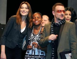 Bono y Carla Bruni en Paris