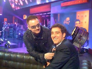 Bono y Clive Owen