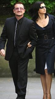 Bono y Ali en el funeral de Clement Freud