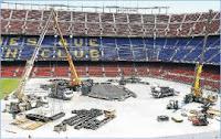 escenario de u2 desmontado en Barcelona