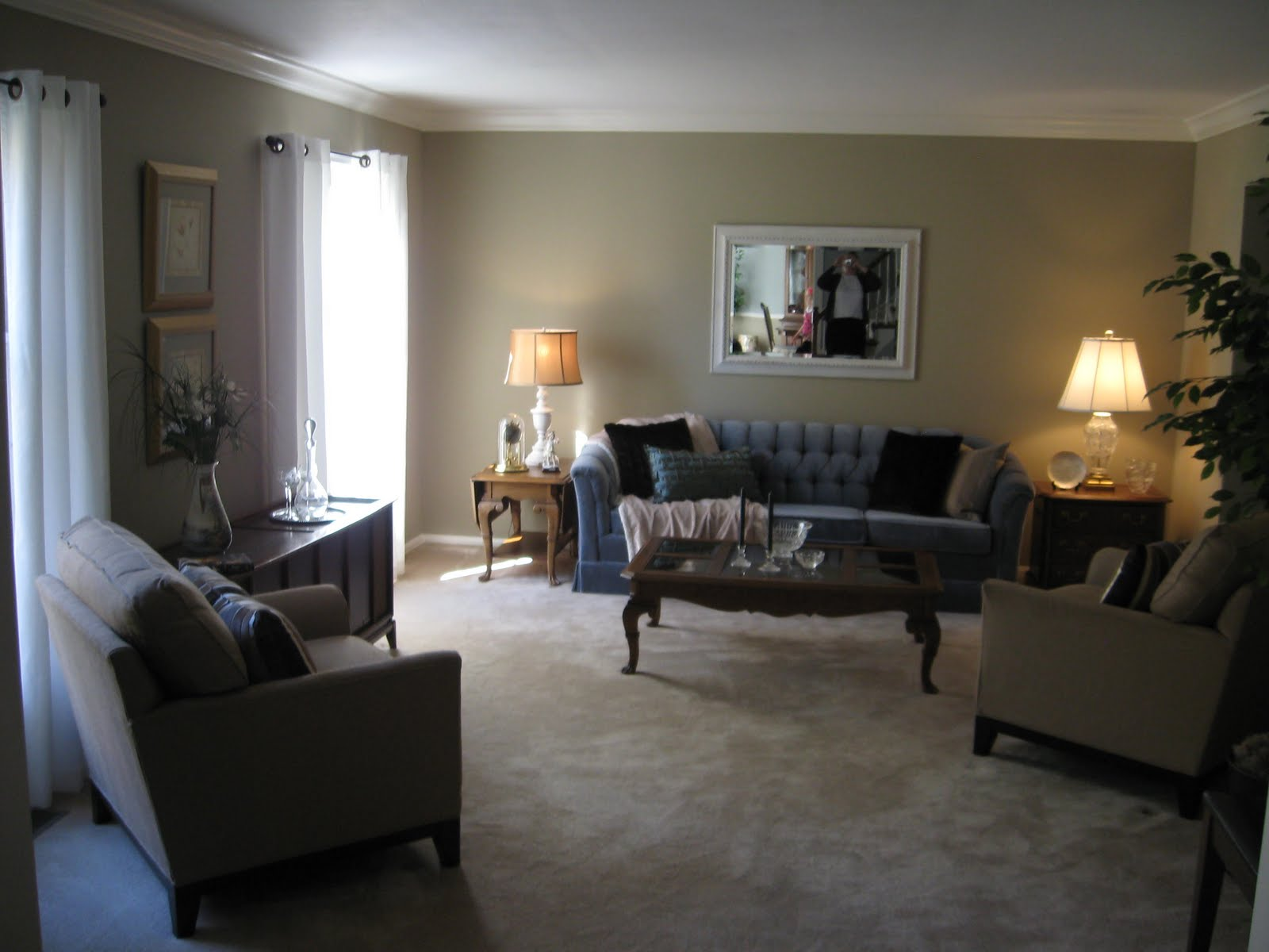 BLESSED PATH: My mom & dad's living room redo