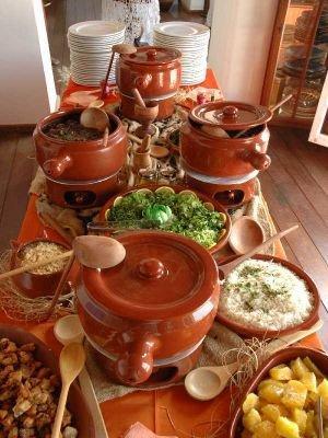 Cozinhando com bernadete for Utensilios para servir comida
