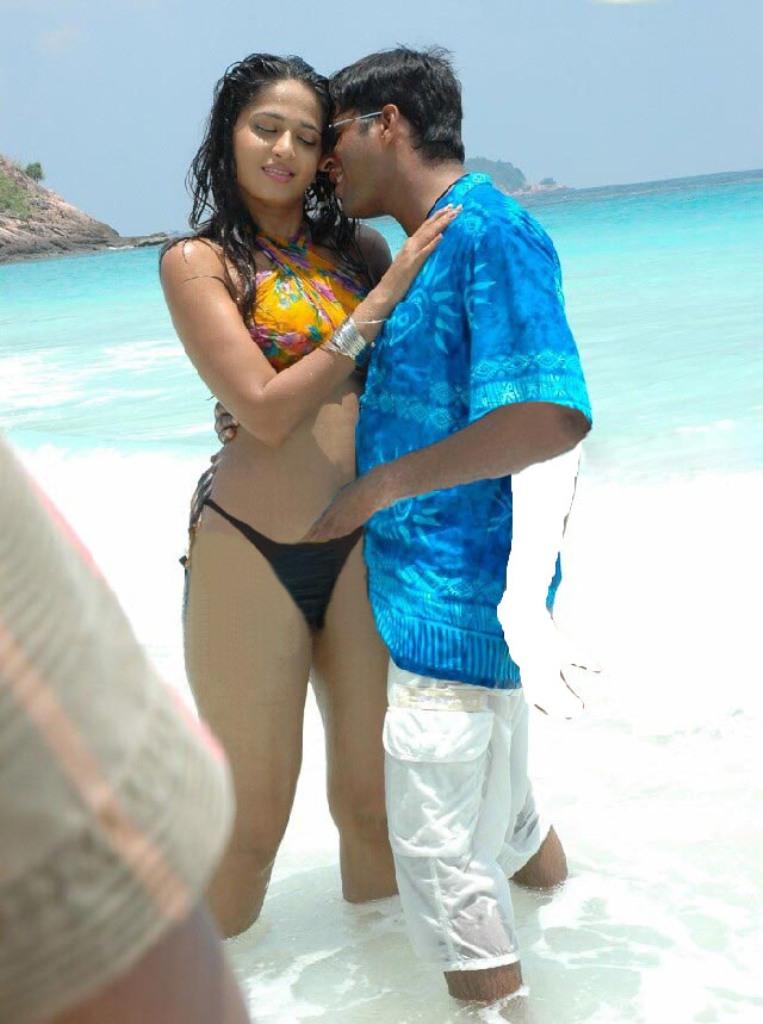 Anushka Nude With Cine Actress  Indian Actress Fake Images-2590