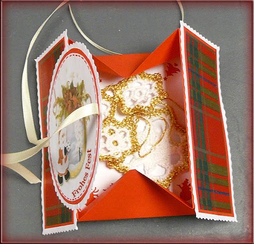 internetfaszination weihnachtskarte f r ein kleines geschenk. Black Bedroom Furniture Sets. Home Design Ideas